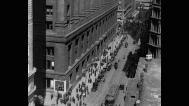 1920's high angle view of chicago city hall, chicago, il, usa - town hall stock videos & royalty-free footage
