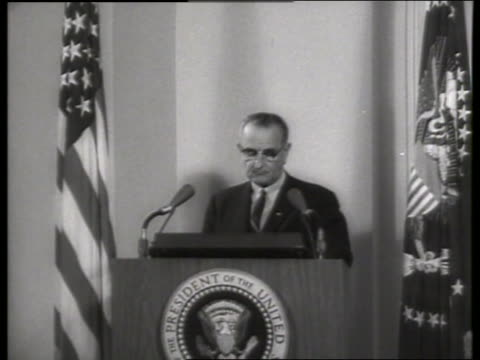 b/w 1960's lyndon johnson stepping up to podium / sound - only mature men stock videos & royalty-free footage