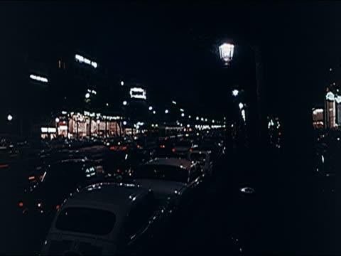 vidéos et rushes de 1960's - montage, paris at night. - signalisation