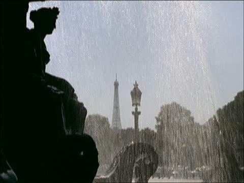 stockvideo's en b-roll-footage met 1960's montage, sights of paris - rue royale