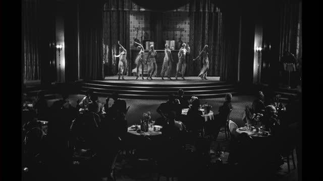 vídeos de stock e filmes b-roll de 1930's nightclub and dancers - artista