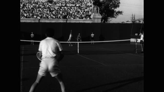 s - spectators watching tennis players playing at forest hills stadium - 30 seconds or greater stock videos & royalty-free footage