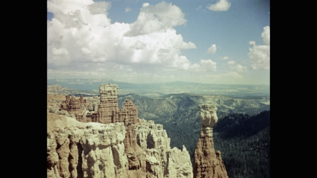 1950's view of agua canyon in bryce canyon national park, utah, usa - agua stock-videos und b-roll-filmmaterial