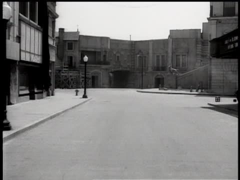 1930's warner bros outdoor film set - warner bros stock videos & royalty-free footage