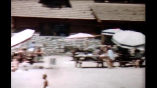 1950's yosemite beachfront - yosemite nationalpark bildbanksvideor och videomaterial från bakom kulisserna