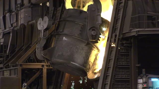 MS Saarstahl Ag  converter putting hot raw steel in furnace / Volklingen, Saarland, Germany