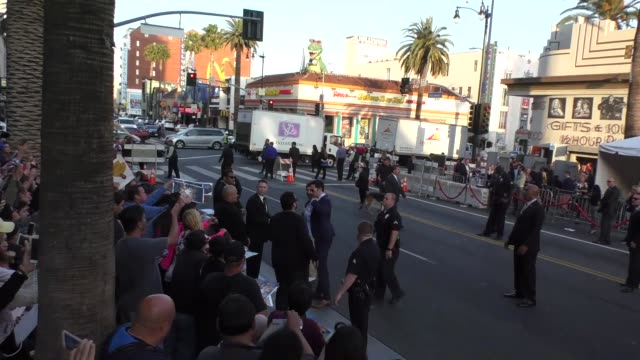 sacha baron cohen arriving to premiere of disney's alice through the looking glass at el capitan theatre in hollywood in celebrity sightings in los... - sacha baron cohen stock-videos und b-roll-filmmaterial