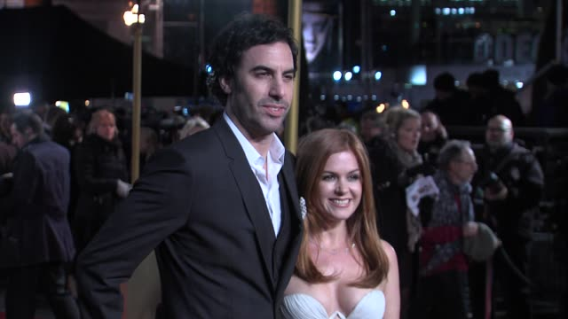 sacha baron-cohen and isla fisher at the world premiere of les miserables at the odeon leicester square on december 5, 2012 in london, england. - sacha baron cohen stock-videos und b-roll-filmmaterial