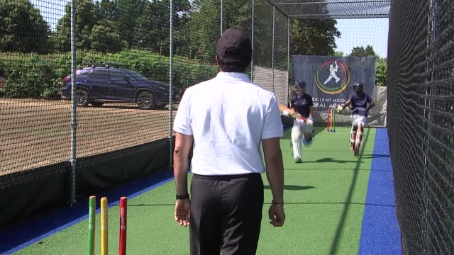 sachin tendulkar launches cricket academy with middlesex england london northwood ext sachin tendulkar watching girls doing cricket practise at... - クリケットバット点の映像素材/bロール
