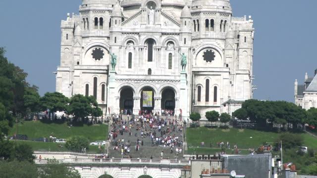 ms tu sacre-coeur basilica / paris, ile de france, france - ile de france stock videos and b-roll footage