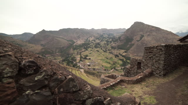 stockvideo's en b-roll-footage met sacred valley - peru - valley