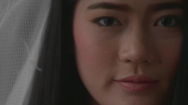 悲しい女性 - ミャンマー点の映像素材/bロール