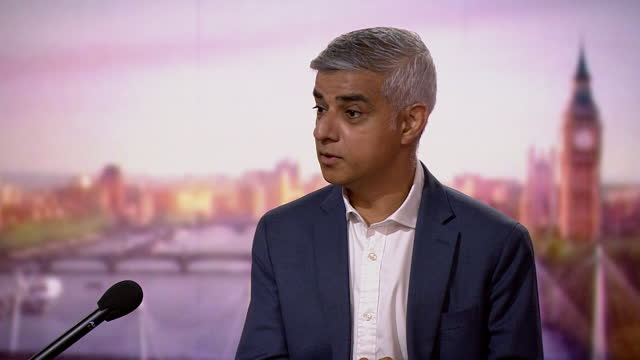 """sadiq khan saying he has """"full confidence"""" in cressida dick - confidence stock videos & royalty-free footage"""