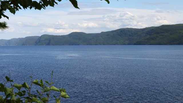 stockvideo's en b-roll-footage met saguenay river fjord wide elevated view on a sunny summer afternoon - sunny