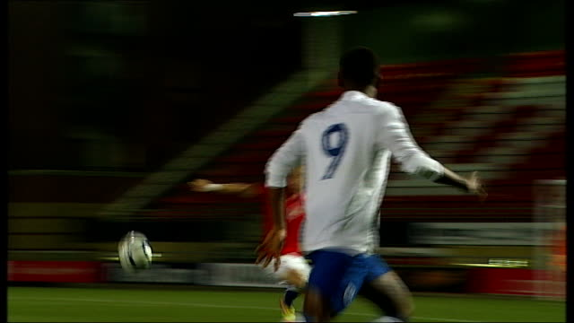 stockvideo's en b-roll-footage met saido berahino named in england squad london brisbane road england under 19s team on pitch for friendly match against czech republic including... - number 9