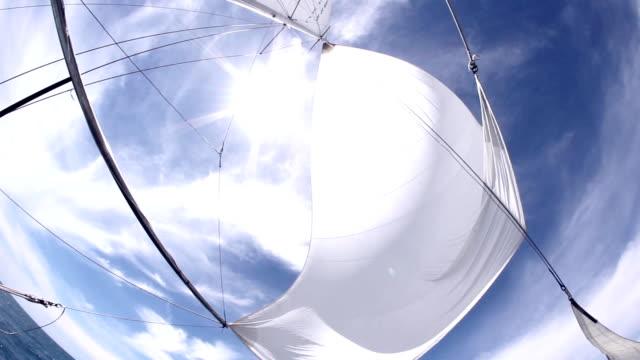 セーリングと太陽 - 帆点の映像素材/bロール