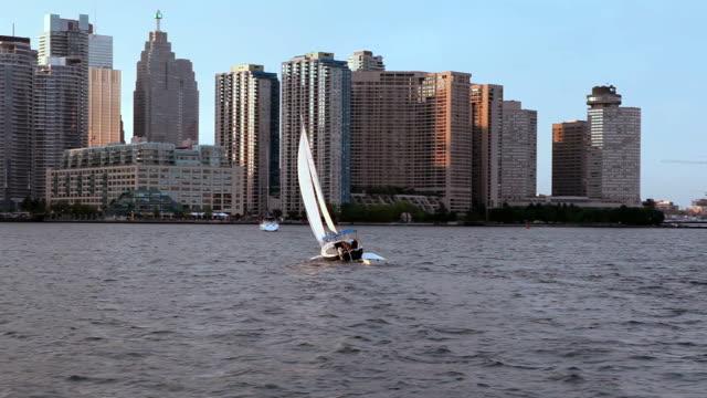 sailboat on lake ontario at toronto waterfront - waterfront stock videos & royalty-free footage