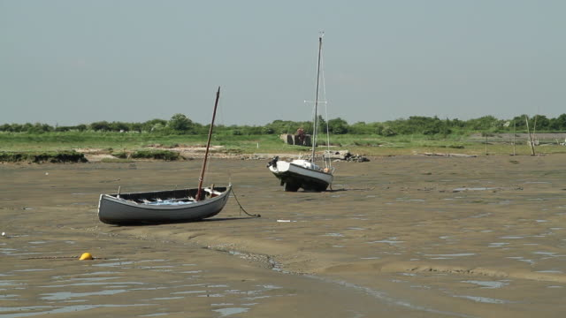 sailboats during low tide - low tide stock videos & royalty-free footage