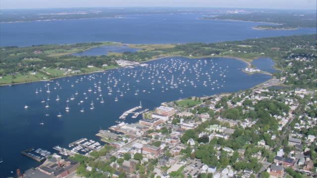vídeos de stock e filmes b-roll de aerial sailboats in bristol harbor / rhode island, united states - rhode island