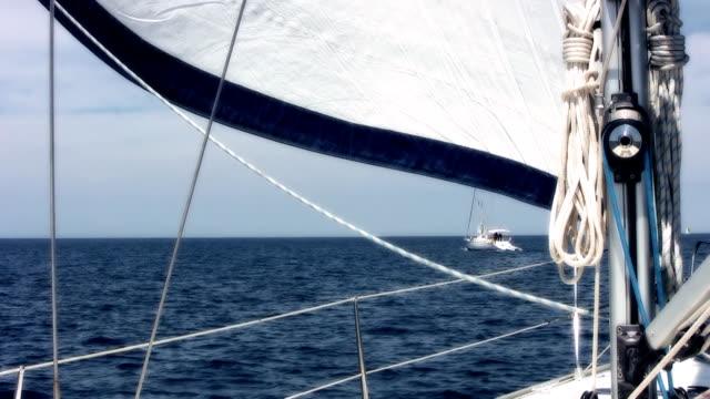 hd :ヨット、海 - 大三角帆点の映像素材/bロール
