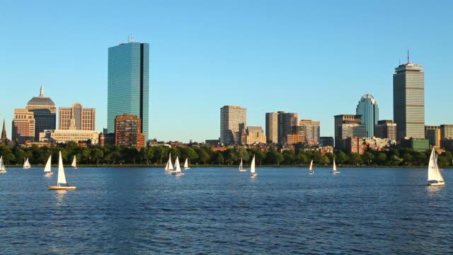 ボストンのセーリング - チャールズ川点の映像素材/bロール