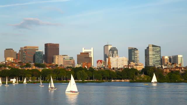 セーリング、チャールズ川、ボストン - チャールズ川点の映像素材/bロール