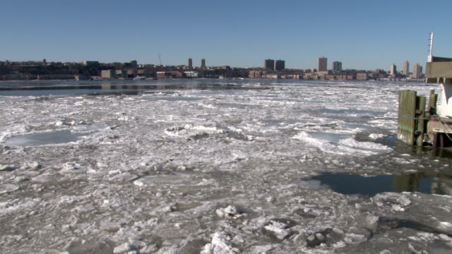 Sailing through thick ice on the Hudson River during an outbreak of record cold temperatures NO