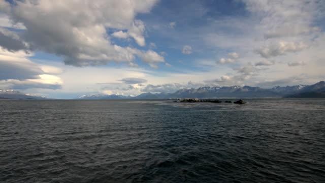 Sailing trough the Beagle Channel