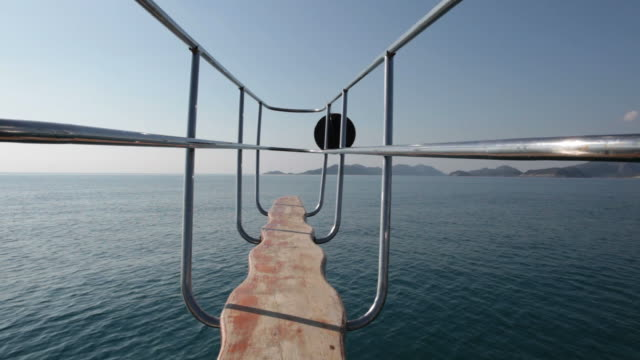 vídeos de stock e filmes b-roll de vela - selimaksan