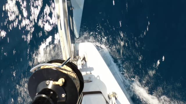 vidéos et rushes de voile avec voilier - navire