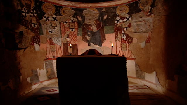 saint moses the abyssinian monastery. view of frescoes painted in the apse of the monastery church. saint moses the abyssinian is a monastic... - apse stock videos & royalty-free footage