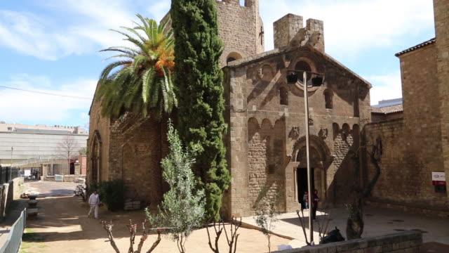 saint paul of the countryside church (sant pau del camp), general view of the church, barcelona, spain - saint paul stock-videos und b-roll-filmmaterial