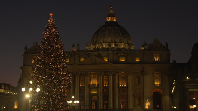 CLEAN Saint Peter's Square Christmas Tree Switch On Ceremony at St Peter's Square on December 9 2016 in Vatican City Vatican