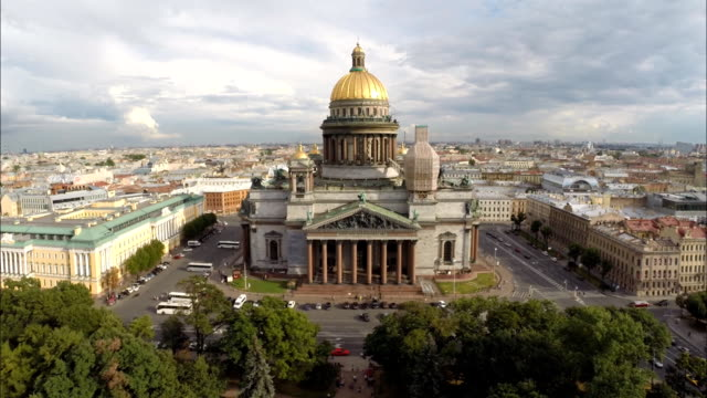 saint petersburg aerial view of saint isaac's cathedral - cathedral stock videos & royalty-free footage