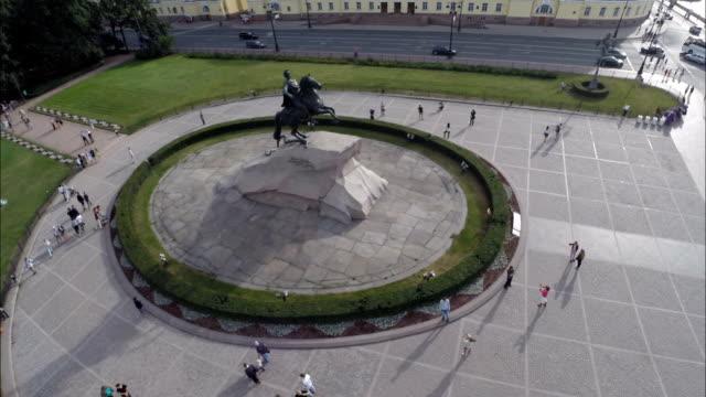 vídeos y material grabado en eventos de stock de saint petersburg aerial view of the bronze horseman - san petersburgo rusia