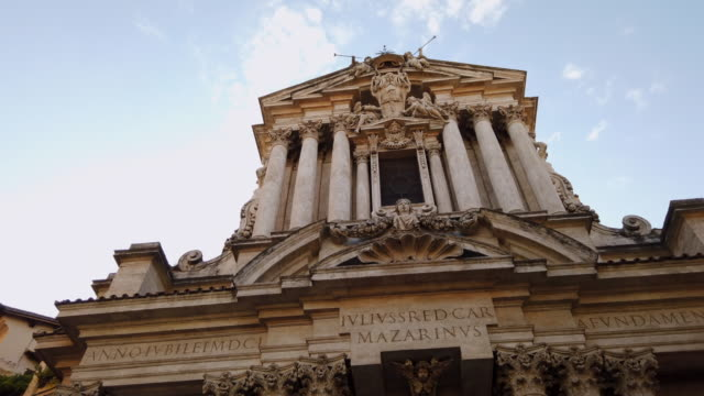 santi vincenzo e anastasio a fontana di trevi - state of the vatican city stock videos & royalty-free footage