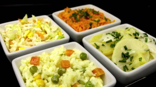ボウルのサラダ - 四つ点の映像素材/bロール