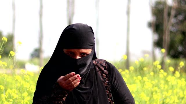 salam-u-alaikum muslim women - human eye stock videos & royalty-free footage