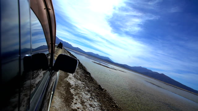 salar de uyuni bolivian road trip in 4x4 - salt flat stock videos & royalty-free footage