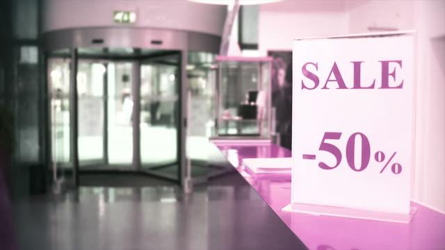 vídeos y material grabado en eventos de stock de hd: de ventas - señal de información