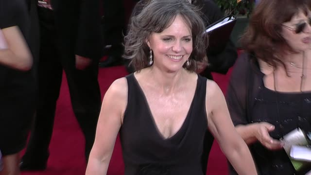sally field at the 61st annual primetime emmy awards arrivals part 4 at los angeles ca - sally field stock videos & royalty-free footage