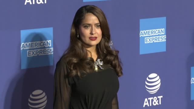 salma hayek at 31st annual palm springs international film festival film awards gala at palm springs convention center on january 02, 2020 in palm... - salma hayek stock videos & royalty-free footage