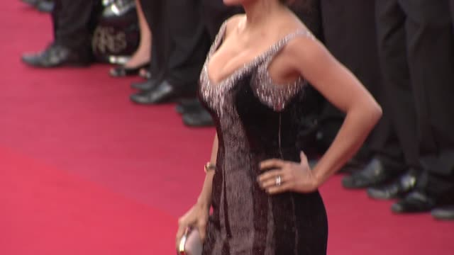 vídeos de stock, filmes e b-roll de salma hayek at once upon a time in america premiere 65th cannes film festival on may 18 2012 in cannes france once upon a time in america premiere... - salma hayek