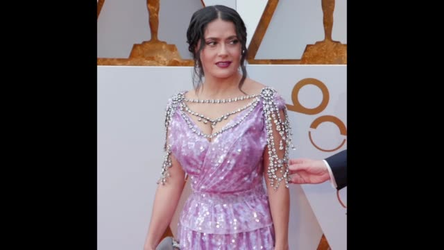 GIF Salma Hayek at the 90th Academy Awards