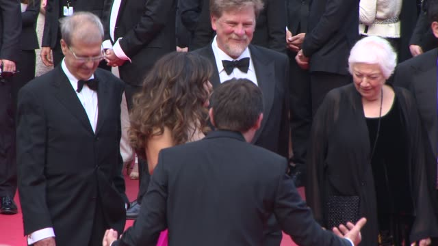 stockvideo's en b-roll-footage met broll salma hayek at 'the prophet' red carpet at grand theatre lumiere on may 17 2014 in cannes france - salma hayek