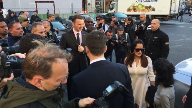 stockvideo's en b-roll-footage met salma hayek francoishenri pinault at celebrity sightings in paris on october 3 2016 in paris france - salma hayek
