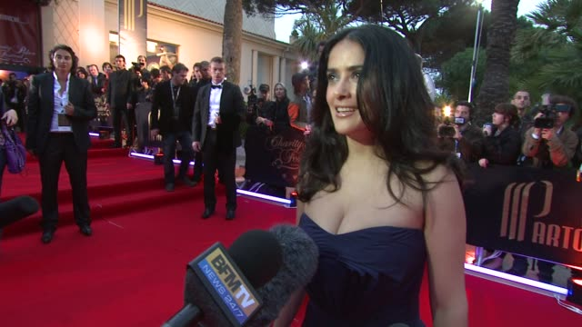vídeos de stock, filmes e b-roll de salma hayek on poker and the event at the cannes partouche charity poker tournament in cannes on may 18 2008 - salma hayek