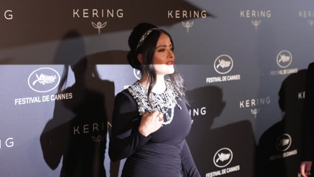 GIF Salma Hayek Pinault at Kering Women in Motion Party The 72nd Cannes Film Festival on May 19 2019 in Cannes France