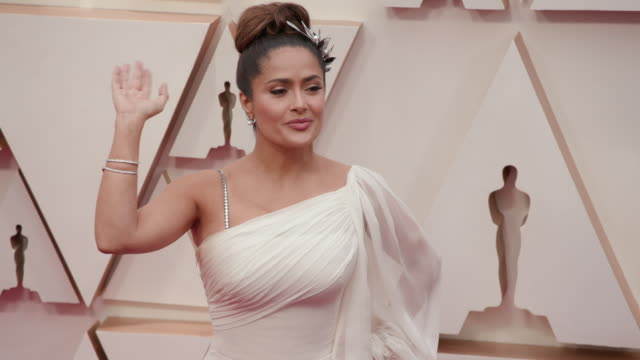 salma hayek pinault at the 92nd annual academy awards - arrivals on february 09, 2020 in hollywood, california. - salma hayek stock videos & royalty-free footage
