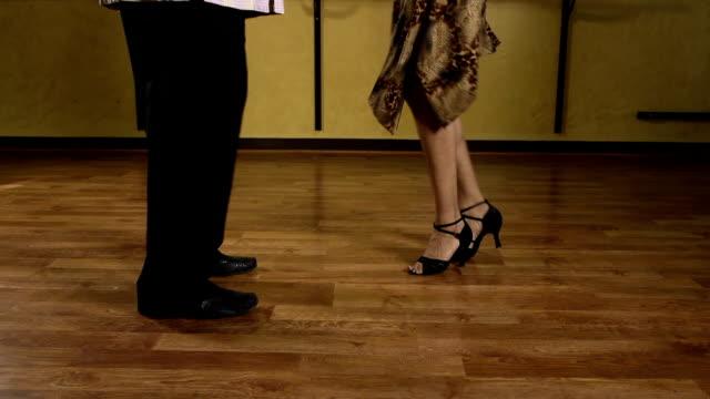 salsa dancing feet - salsa stock videos & royalty-free footage